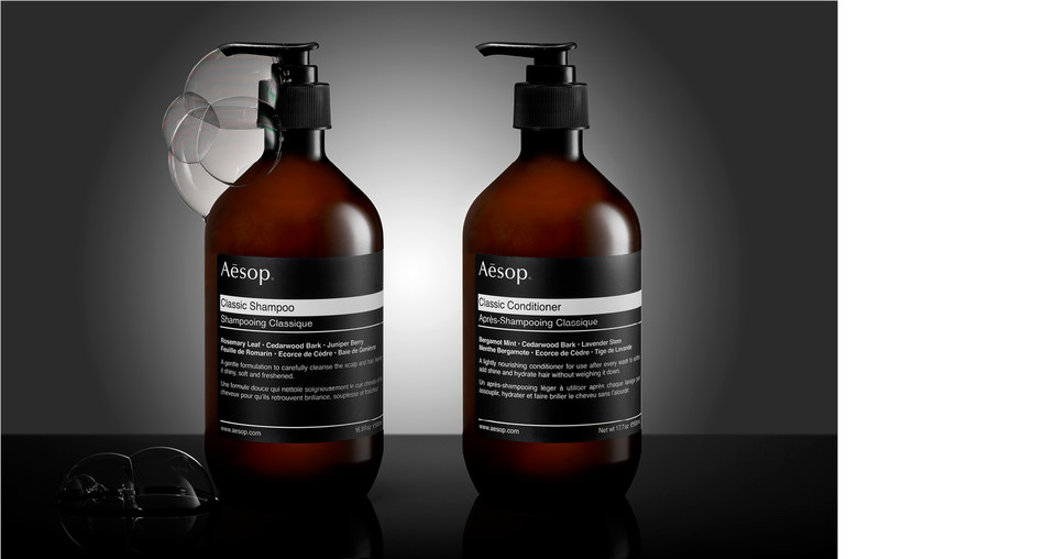 Aésop shampoo studio photography